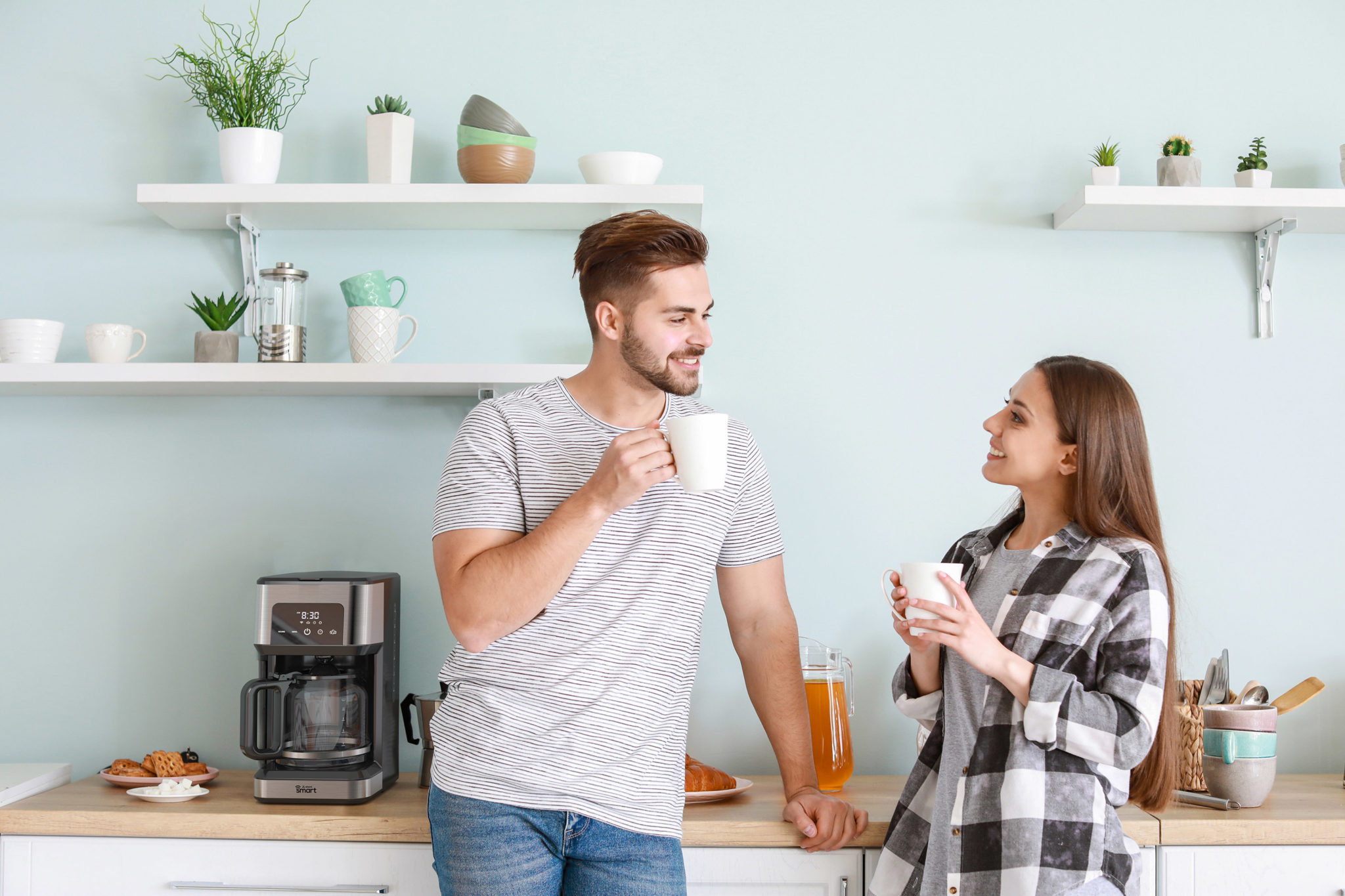 Read more about the article 4 Reasons to Buy a Smart Coffee Maker in 2021