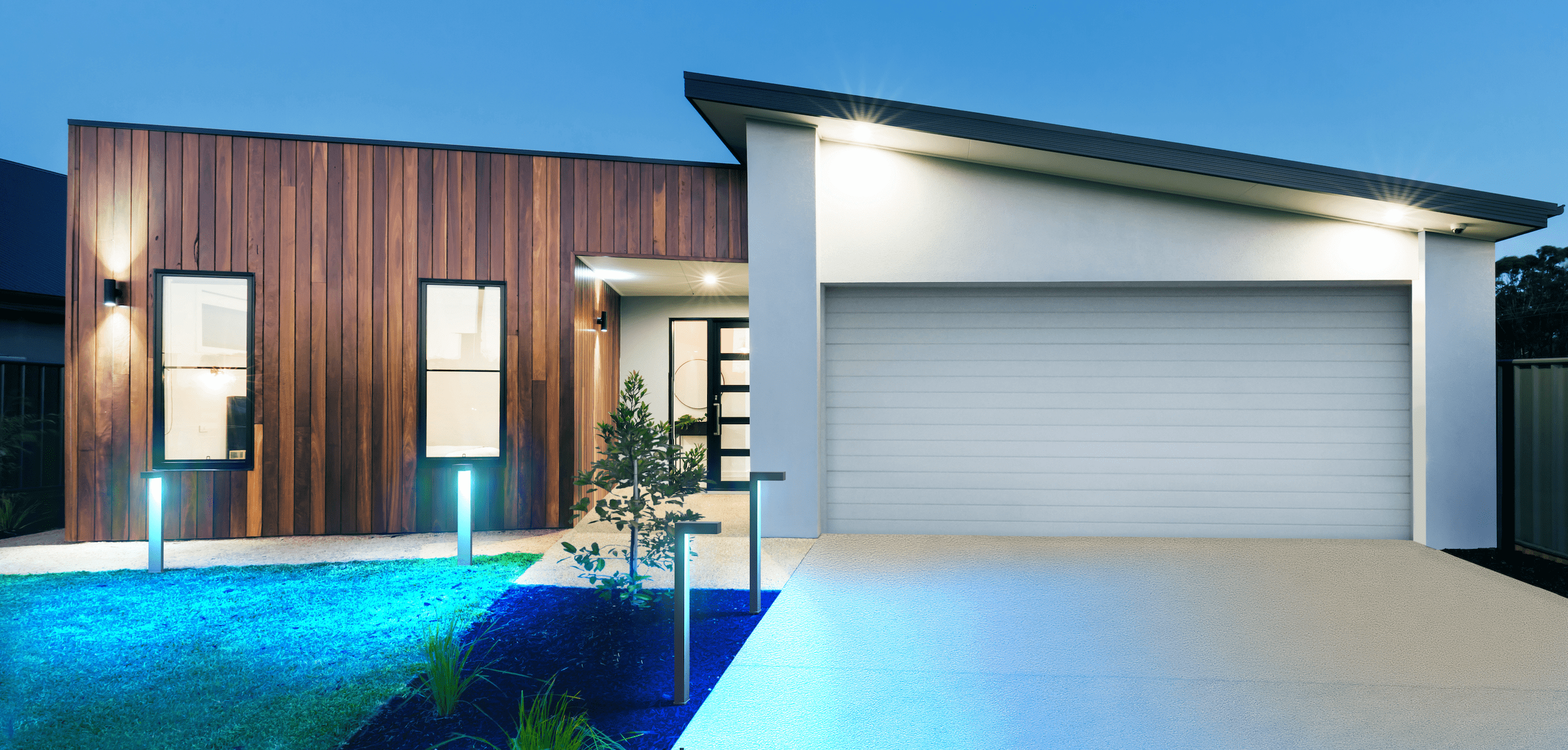 Read more about the article Refresh your Outdoor Look—with Smart Pathway Lights!